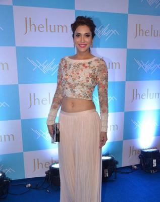 Rashmi Nigam Opted In Varun Bahl During The Launch Of Jhelum Store Hosted By Kaykasshan Patel