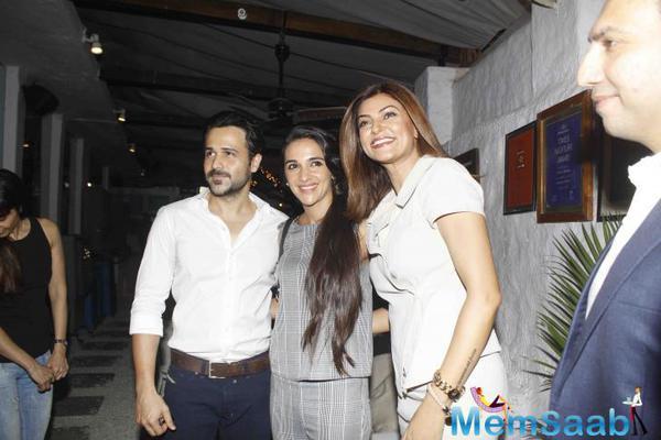 Emraan Hashmi,Tara Sharma And Sushmita Sen Clicked During Rouble Nagi Art Exhibition 2015