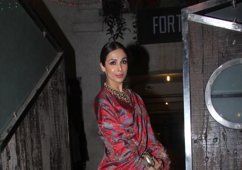 Malaika Arora Khan With A Stunning Look Attend Saifeena Diwali Party