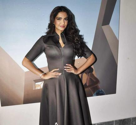 Sonam dressed up in Dolly J's Outfit for Neeja promotion