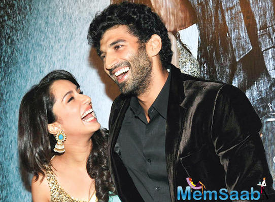 Aditya and Shraddha's pair comeback with 'OK Kanmani' remake titled 'OK Jaanu'