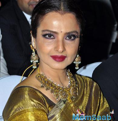Will Rekha give out all the juicy details of her life in her own autobiography