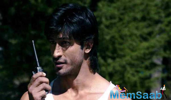 The much awaited sequel of 'Commando 2' has hit the floors today. While Vidyut Jamwal would be reprising his role, the leading lady of the film is not announced yet.