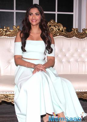 Recently we broke a news that Sonam has replaced Aishwarya Rai Bachchan for Kalyan Jewellers campaign.