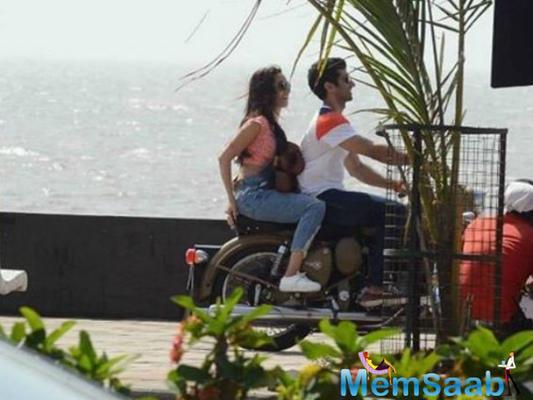 Shraddha and Aditya's bike ride on OK Jaanu Sets