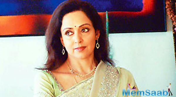 Ramesh decided to  come back with 'Shimla Mirchi' starring Bollywood's dream girl Hema Malini and Rajkummar Rao.