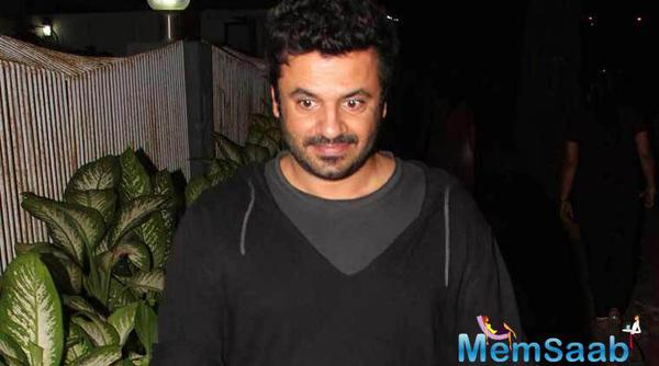 Vikas Bahl's next film will be a biopic on the founder of a coaching institute in Bihar