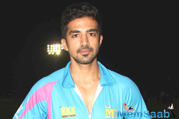 Saqib Saleem not playing Virat Kohli In 'Dishoom'?