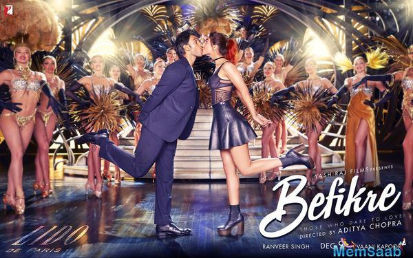 We all know that Befikre has a plot that has an insanely romantic tale with lots of love and passion. The poster of