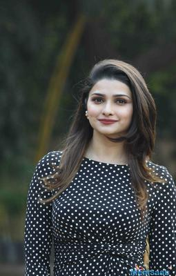 "Prachi Desai feels ""Nobody in this industry is your friend"""
