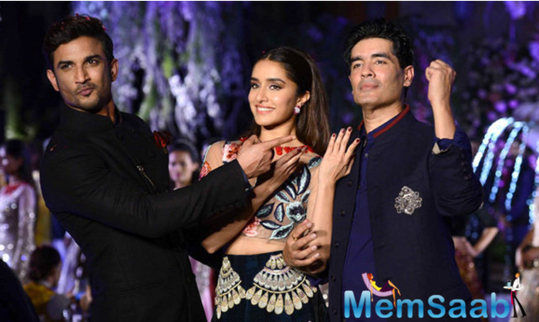Shraddha and Sushant turn showstoppers for Manish Malhotra fashion show