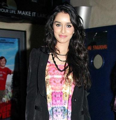 Farhan, Arjun Rampal, Purab Kohli and Prachi Desai are reprising their roles in Rock On2.The all-male band now has a female voice in Shraddha Kapoor and Shashank Arora is another new entrant.