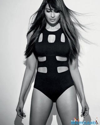 Bipasha Basu gives the fitness goals with hot swimsuit photo & we can't stop staring!