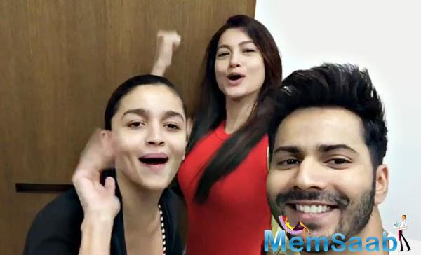 Here a new member joins the cast of Badrinath Ki Dulhani, she is none other than pretty actress Gauhar Khan. Varun and Alia gave a warm welcome to her.