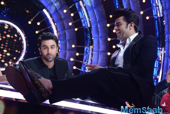 Aishwarya Rai Bachchan, Ranbir Kapoor and Anushka Sharma will be seen in the lead roles in ADHM.Ranbir along with Karan-Farah brought the house down with their masti, much to the entertainment of the audience.