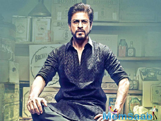 """On twitter, SRK wrote, """"I sent my #Sandesh2Soldiers. This Diwali let us all remember our soldiers!"""