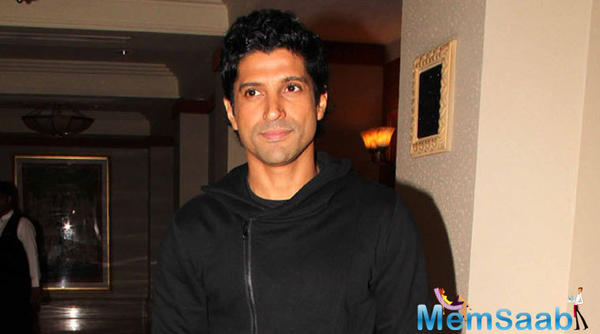 Farhan Akhtar gears up for independent music album with James Sanger