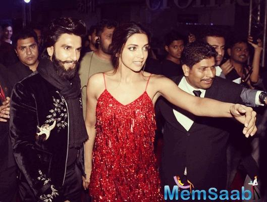 Hot Diva Deepika spotted with beau Ranveer Singh and her father Prakash Padukone at the premiere of 'xXx: Return of Xander Cage' in Mumbai.