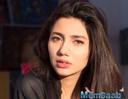 Pakistani beauty Mahira Khan 'feels bad' about not being able to promote 'Raees'