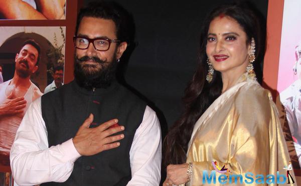 'Dangal': Heart touching letter by Rekha leaves Aamir in tears