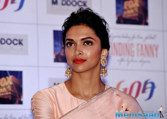 Deepika denied the reports, she was doing a remake of Mr and Mrs Smith