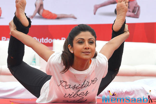 Shilpa Shetty to conduct Bollywood-style fitness tour in US, UK, Canada and Australia