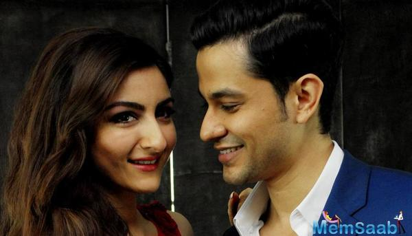 Soha tied the knot with her long-time beau Kunal Khemmu on 25th January 2015. The couple has worked together in films like Mr Joe B. Carvalho, Go Goa Gone and Dhoondte Reh Jaaoge.