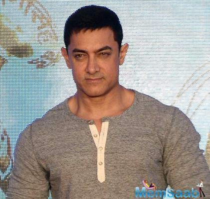 After Salman Khan, now Aamir Khan launches Asha Parekh's autobiography