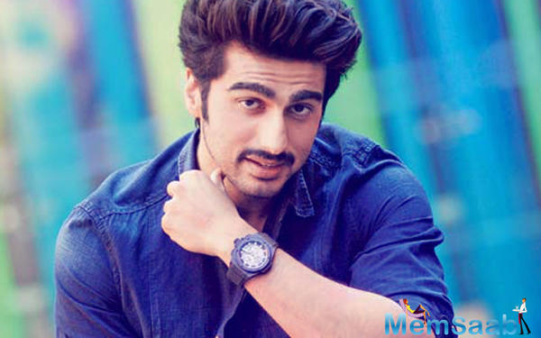 Here Arjun Kapoor Introduces his real life Half-Girlfriend