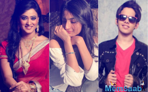 Shweta Tiwari's daughter Palak is in talk, will make her debut opposite Darsheel Safary