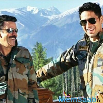 Rakul makes her Bollywood comeback with Sidharth-Manoj's starrer Aiyaary