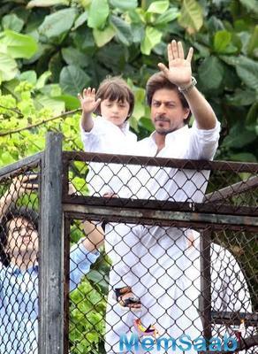 Shah Rukh Khan: More than stardom, AbRam is born for lovedom