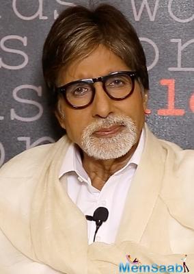Amitabh Bachchan is proud of wife Jaya Bachchan's achievement