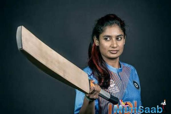 Ace tennis player Sania Mirza recently lauded the Indian Women's cricket team and its skipper Mithali Raj for their splendid performance in ICC Women's World Cup.
