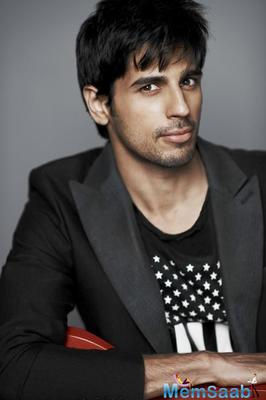 The handsome hunk of Bollywood,  Sidharth Malhotra has some exciting projects in his kitty, including Neeraj Pandey's 'Aiyaary' alongside Manoj Bajpayee'.