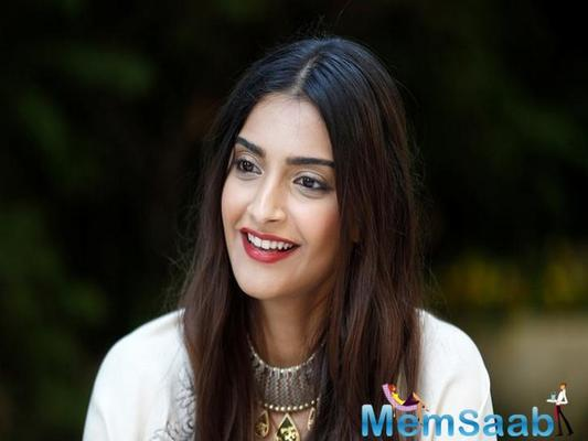 Sonam Kapoor: Attitude towards married actresses should be changed