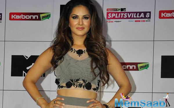 Sunny Leone all geared up to launch her cosmetic line next month