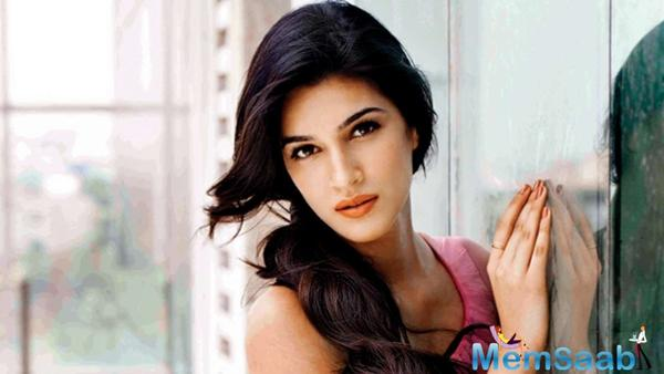 According to a report in leading daily, we learned that Kriti will essay the role of Sadashivrao's second wife Parvatibai.