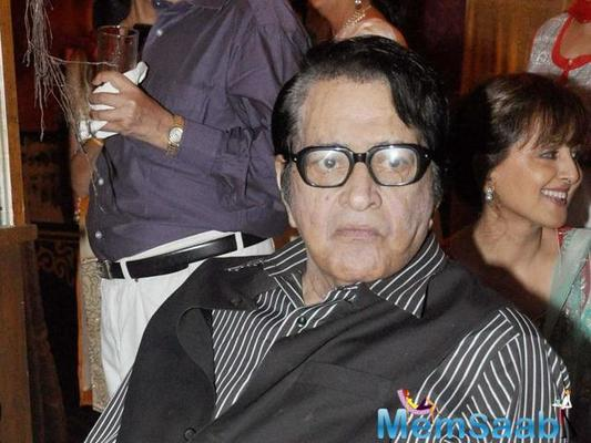 A happy Manoj Kumar willing to write Woh Kaun Thi remake