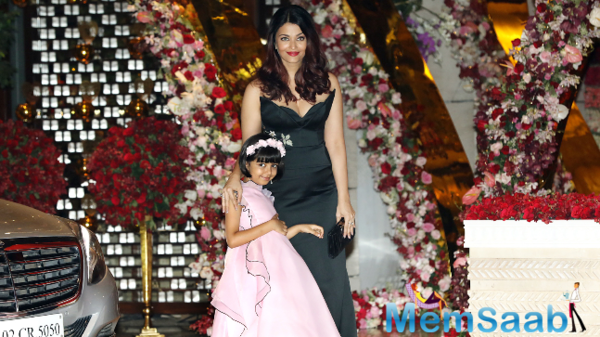 Aishwarya's daughter Aaradhya gets the royal treatment at Akash-Shloka's engagement party