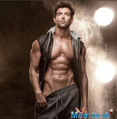 Hrithik Roshan receives a special gift from a fan on son Hrehaan's birthday