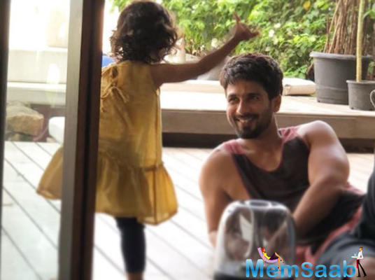Shahid Kapoor's reaction to daughter Misha saying something is beautiful!