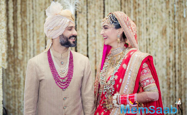 Inside pictures of Sonam Kapoor and Anand Ahuja wedding: Congratulation Mr and Mrs Ahuja
