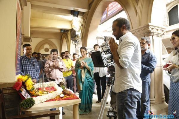 Sanjay Dutt starts shooting for 'Prasthaanam' remake, Maanayata Dutt visits the sets