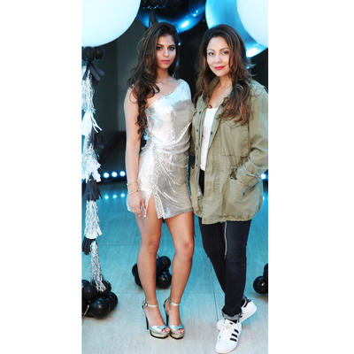 Suhana Khan parties with mommy Gauri Khan, See Photos