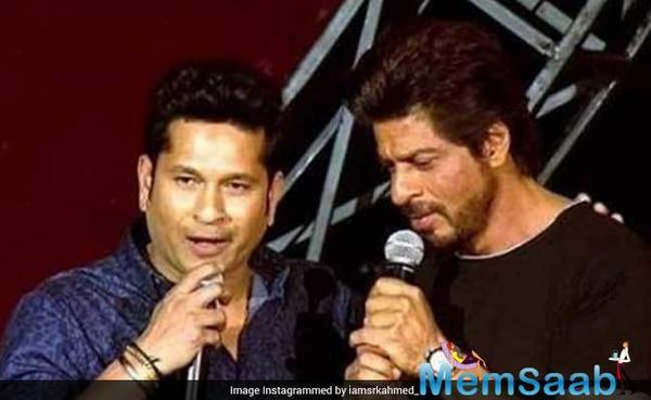'Jab SRK met SRT': When two superstars of the country posed for an epic picture