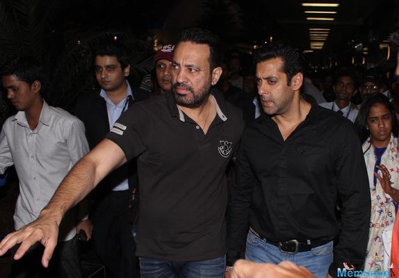 Salman Khan to mentor his bodyguard Shera's son