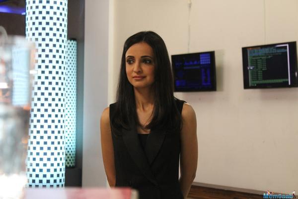 Sanaya Irani found it really easy working with Vikram Bhatt!