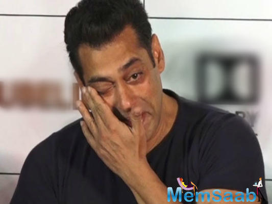 Salman Khan gets teary-eyed when he meets a boy detected with cancer
