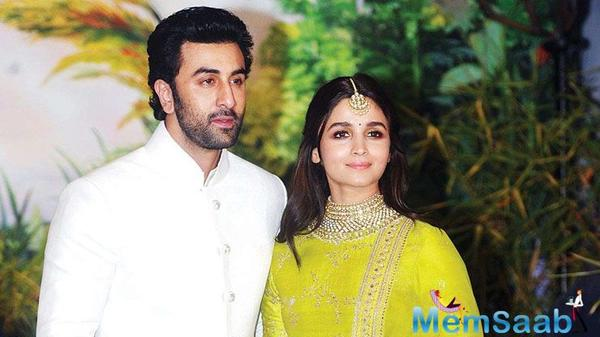 Alia thinks Ranbir is 'perfect one', calls self affectionate, beautiful in love